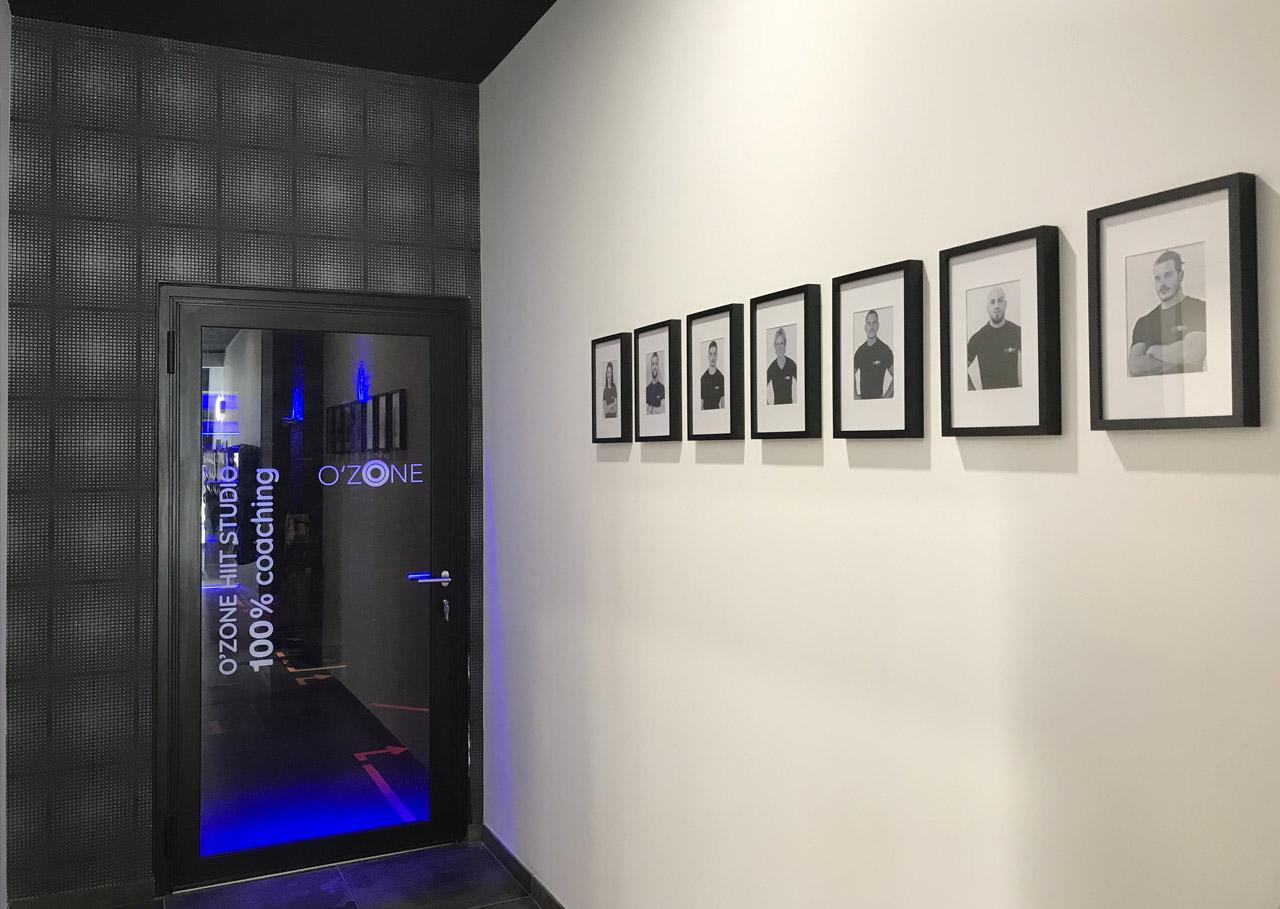 Couloir accès aux vestiaires O³ ZONE HIIT STUDIO